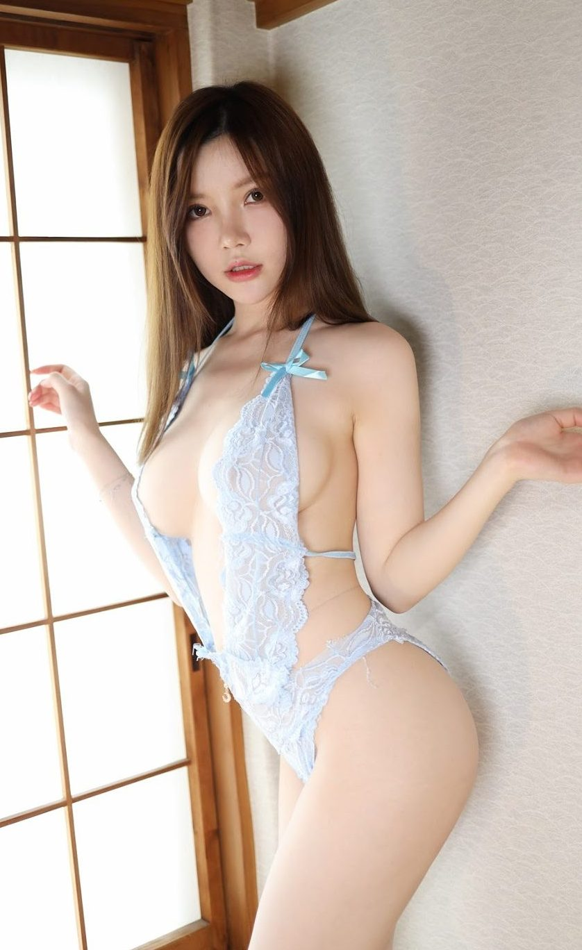 mini - sexy lingerie to seduce your partner