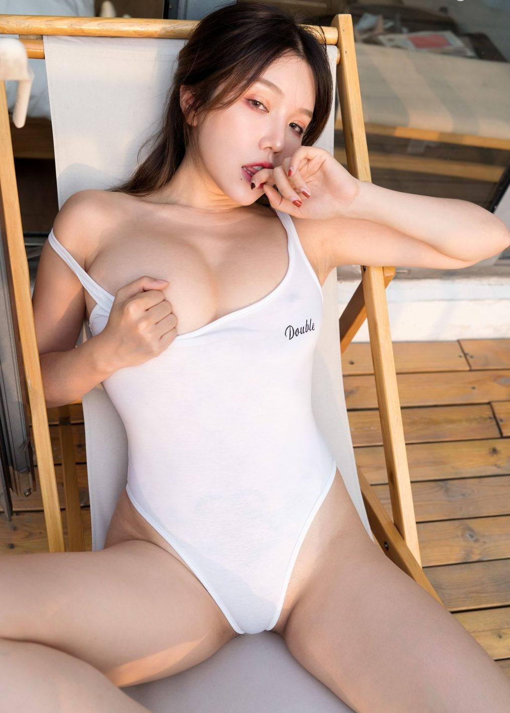 Huang Le Ran sexy hot chinese girl