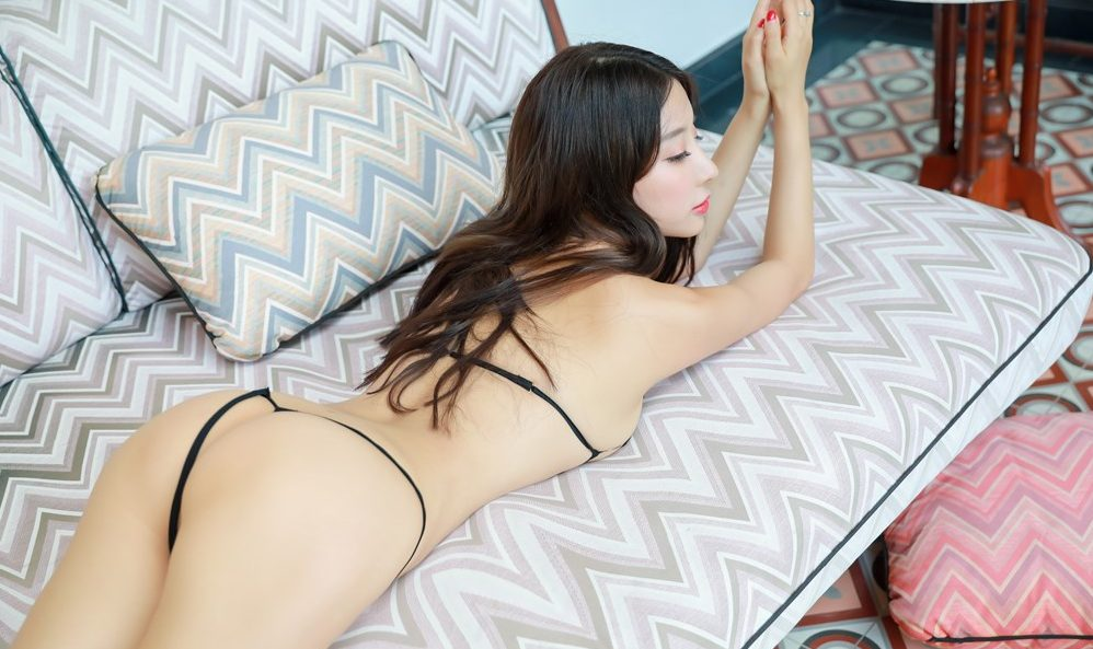 Xiao Hui hot asian girl with perfect ass and sexy body