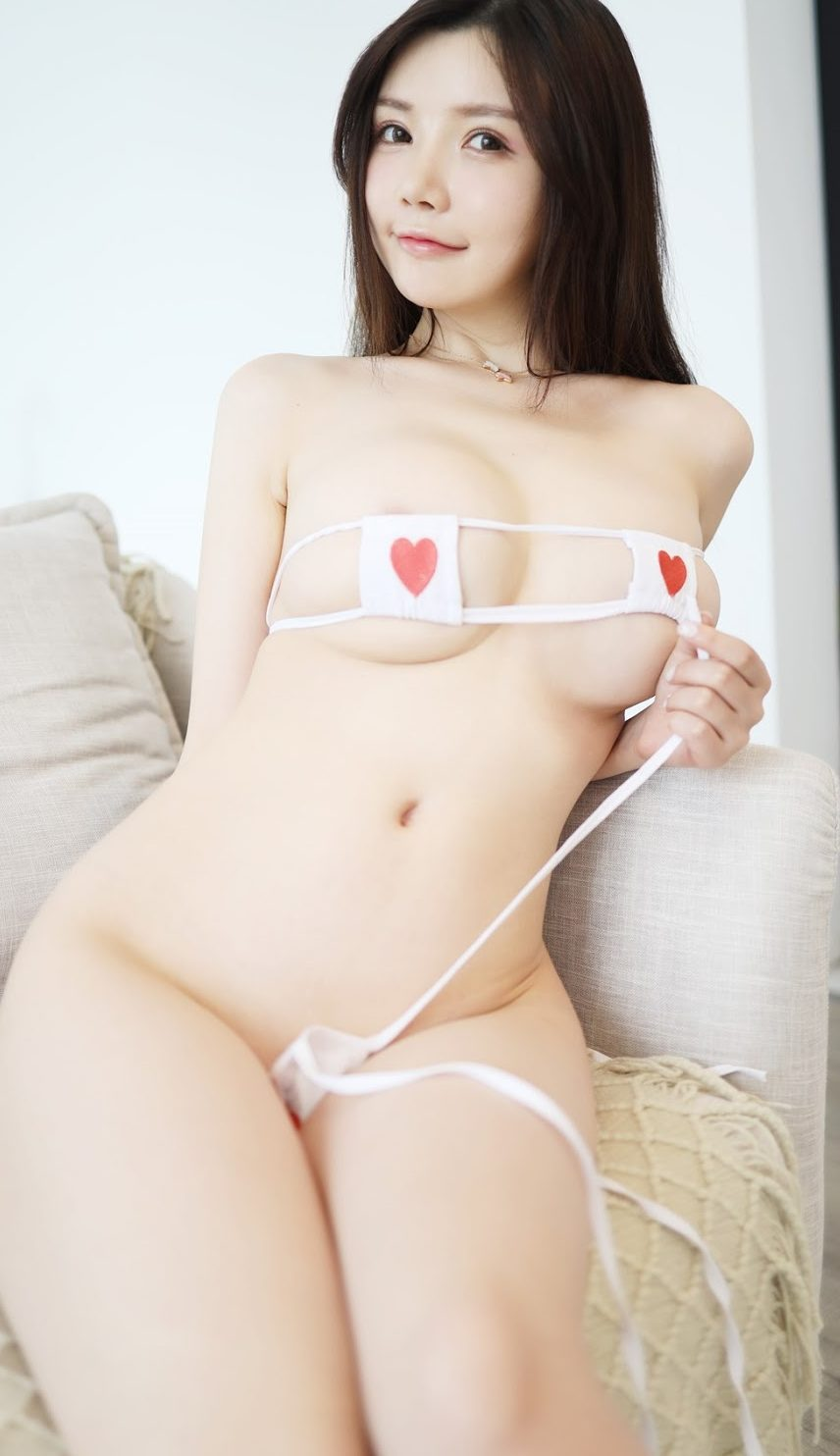 hot asian girl sexy nude wants to fuck her boyfriend rough