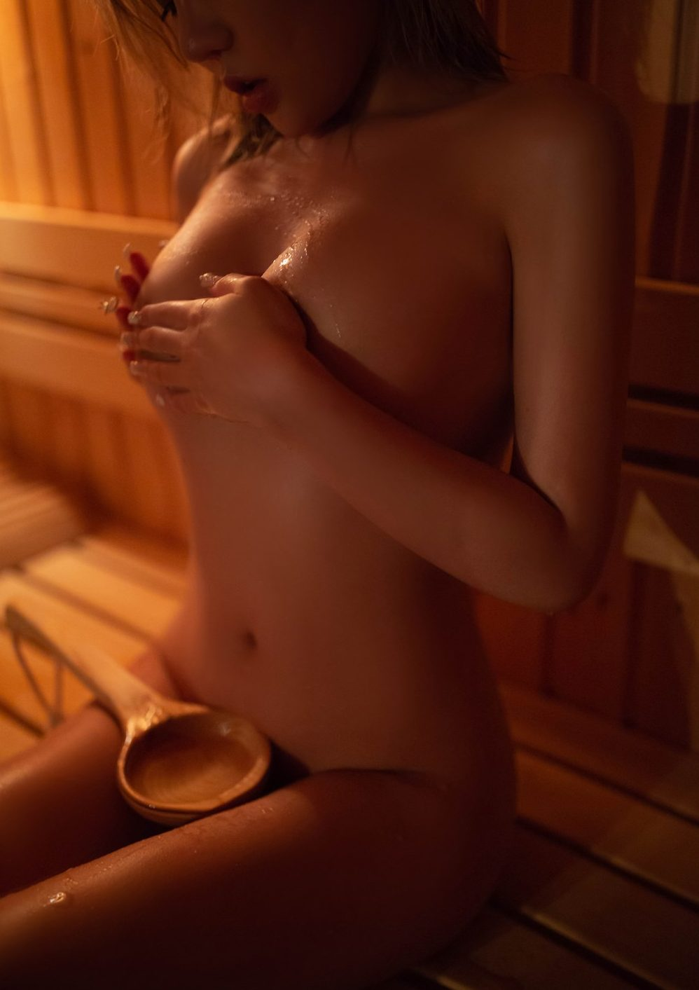 petite girl masturbates in the sauna. super hot will make you cum