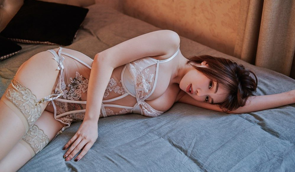huang le ran hot kinky girl wans to have fun